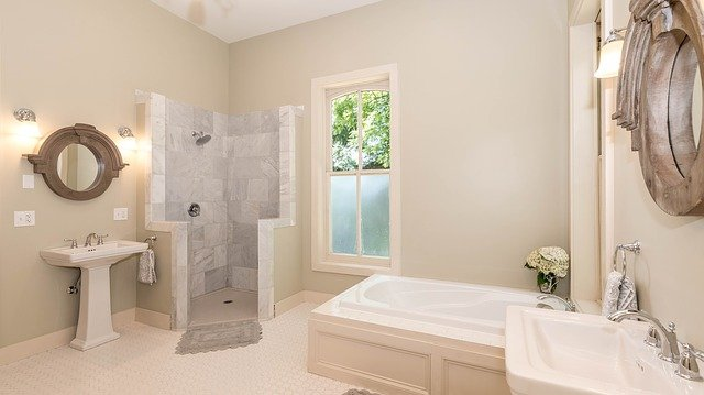 Curved Corner Shower Stall in small bathroom