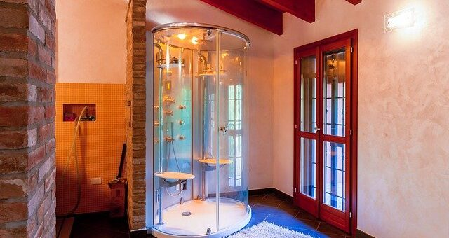 Best Walk-in Shower for Small Bathrooms