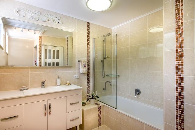 Wet Room in Bathroom Shower